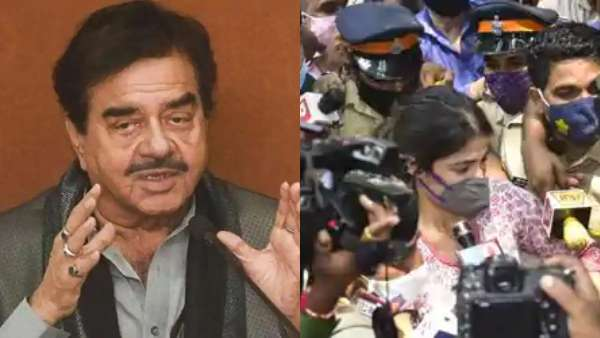 Shatrughan Sinha Asks If Sushant Will Be Pleased By The Treatment Given To Rhea Chakraborty