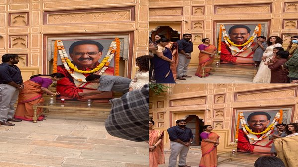 Taapsee Pannu, Vijay Sethupathi & Others Pay Tribute To SPB