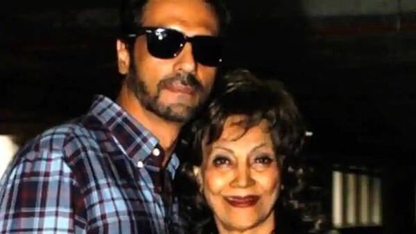 Arjun Rampal Pens A Touching Note For His Late Mother On Teachers' Day