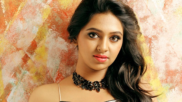 Lakshmi Menon: Wont Wash Plates And Clean Toilets Of Others For Camera