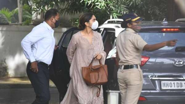 Deepika Padukone Arrives At NCB Office For Questioning