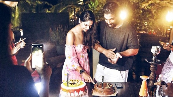 Allu Arjun Wishes 'Cutie' Sneha Reddy On Her Birthday!