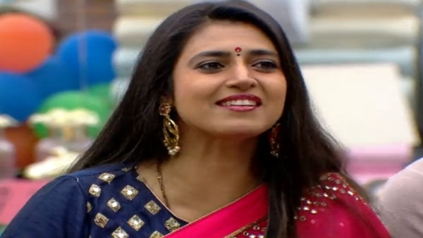 Kasturi Shankar Says She Is Yet To Receive Her Payment From Bigg Boss Tamil 3 Makers On Twitter