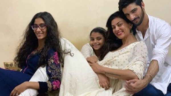 Sushmita Sen Wishes Daughter Renee On Her 21st Birthday; Writes, 'What A Journey This Has Been'