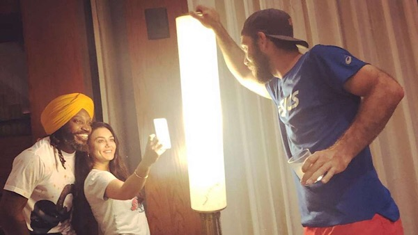 Viral: Preity Clicks Selfie With Gayle, Maxwell Lights It Up
