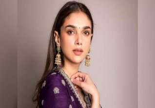 Hbd Aditi Rao Hydari 5 Pictures Of The Actress That Prove She Is Epitome Of Grace And Beauty