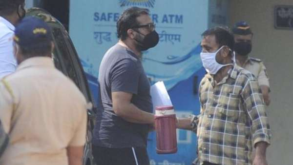 Anurag Kashyap Reaches Police Station For Questioning