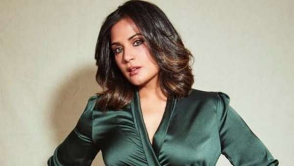 ALSO READ: Richa Chadha Shows 'Proof' After Payal Ghosh Claimed She Did Not Receive Legal Notice