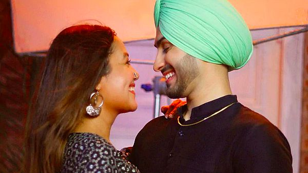 Neha Kakkar And Rohanpreet To Tie The Knot On October 22?