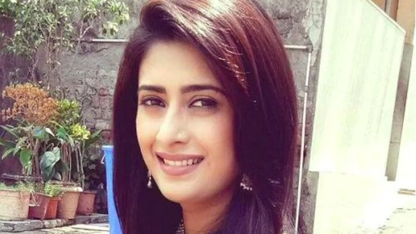 Preetika Chauhan Arrested By NCB While Buying Drugs