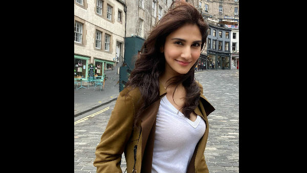 Vaani On Shooting For Bell Bottom Amid Pandemic!