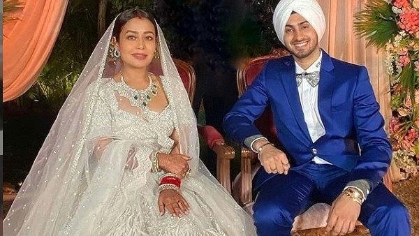 Neha Kakkar & Rohanpreet's Look At Their Wedding Reception