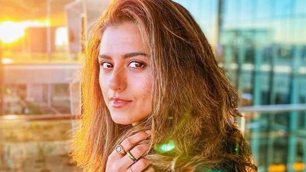 Ridhi Dogra Says She Walked Out Of An Audition As She Was Told You've To Keep A Pallu On Your Head'