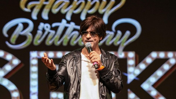 Fans To Host A Virtual Bash On Shah Rukh's 55th Birthday