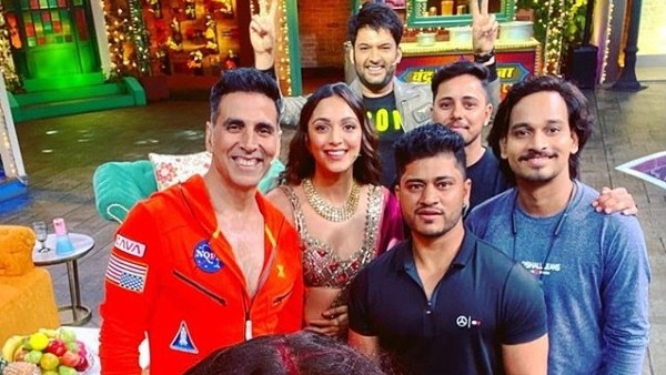 Kapil Sharma Thanks Akshay Kumar As He Graces TKSS; Comedian Responds To Mukesh's Comment