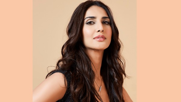 Vaani Kapoor On Her Bell Bottom Co-Star Akshay Kumar: He Is A Superstar In Every Possible Way