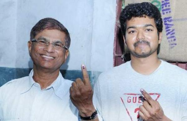 Vijay Is Not In Talking Terms With Father SA Chandrasekhar: Major Rift In The Family?