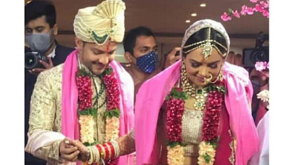 Aditya Narayan & Shweta Agarwal