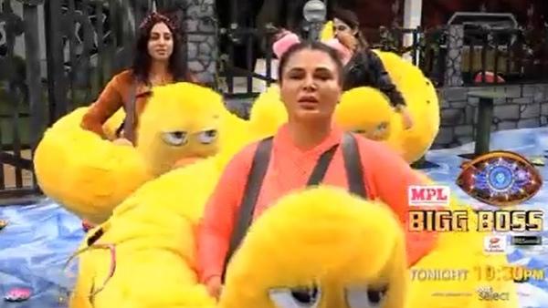 Also Read : BB 14: Rakhi Sawant's Crazy Antics Leave Housemates In Splits; Netizens Call Her Entertainment Queen