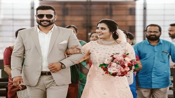 Roshna Ann Roy & Kichu Tellus Get Hitched; Wedding Pictures Go Viral On The Internet