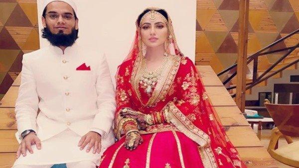Sana Khan & Mufti Anas