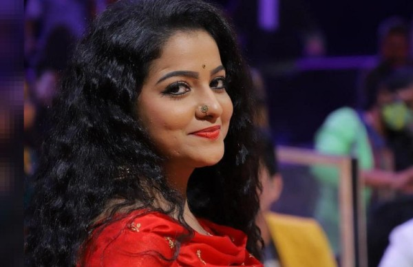 VJ Chitra Was Upset With Her Mother Before Her Death: Reports - Filmibeat
