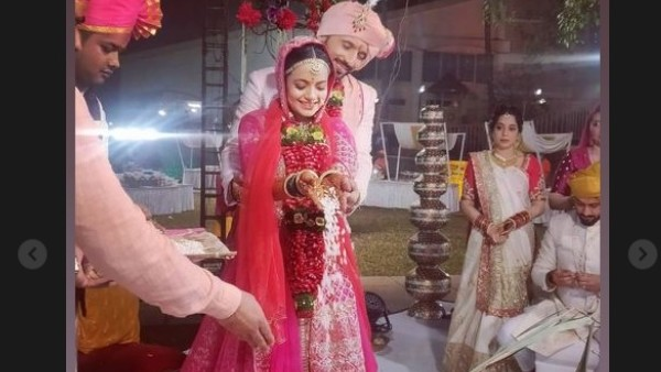 In Pic: Nidhi & Punit Performing Wedding Ritual