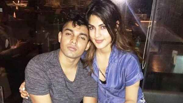 Rhea's Brother Showik Chakraborty Gets Bail In Drugs Case