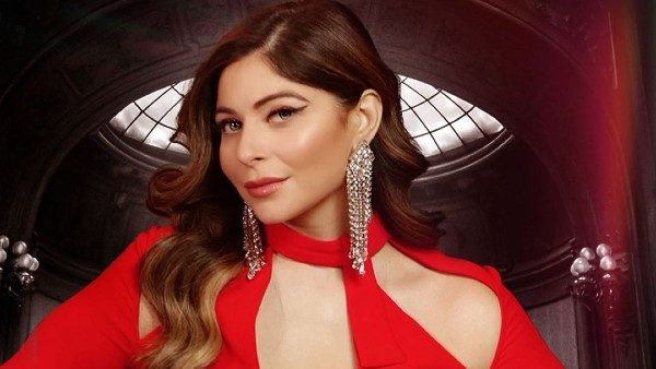 ALSO READ: Kanika Kapoor Drops Her New Single 'Long Nights'