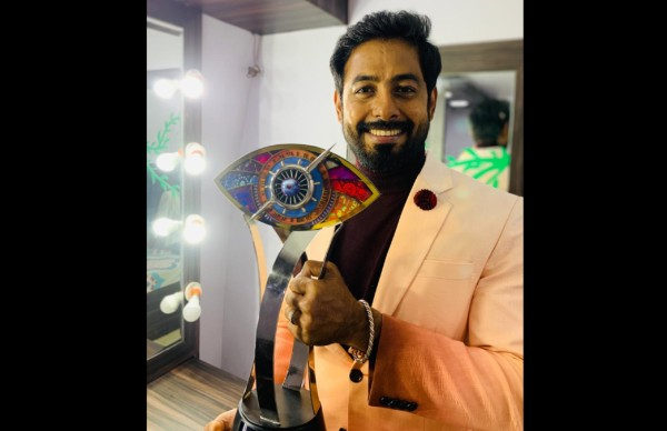 Aari Arjuna Bags Bigg Boss Tamil 4 Trophy!