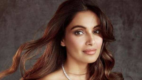 Bipasha Basu Completes 20 Years In Bollywood, Says 'It's Been a Beautiful Journey'