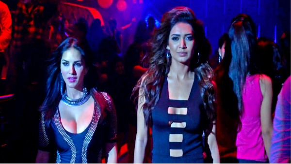 ALSO READ: Get Ready For Weekend With Fearless Beauties - Sunny Leone And Karishma Tanna In MX Original Series - Bullets