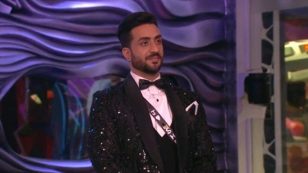 Also Read: BB 14 Grand Finale: Fans Extremely Upset With Aly Goni's Elimination; Say He Deserved To Be On Top 3
