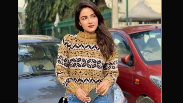 Also Read: Jasmin Bhasin Gets Trolled As She Forgets To Remove Price Tag Of Her Dress