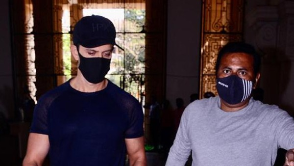Hrithik Visits Mumbai Crime Branch To Record His Statement