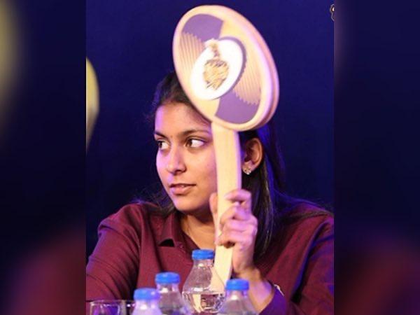Juhi-Chawla-Daughter-Jahnavi-Mehta