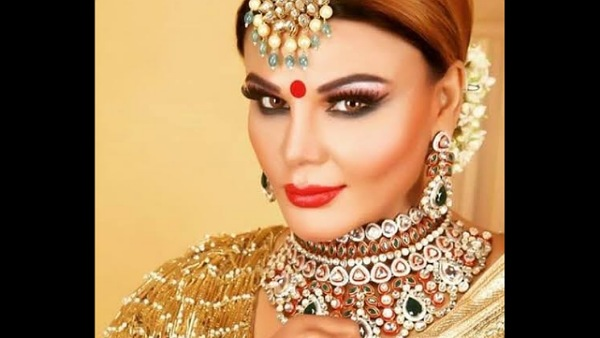 Also Read : Rakhi Sawant Reveals Her Husband Ritesh Wants To Marry Her Again In Front Of Everyone
