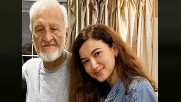 Gauahar Khan Pens Heartfelt Note Post Her Father Zafar Ahmed Khan's Demise; Calls Him Her 'Hero'