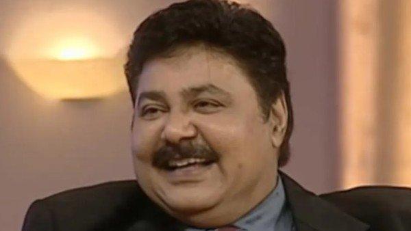 Satish Shah Ditches VIP Entrance For COVID-19 Vaccine; Fans Crack Maya Sarabhai Jokes