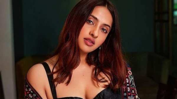 Akansha Ranjan Kapoor Is Worried About Shoot Delays, Says Her Big Fear Is Projects Getting Scrapped