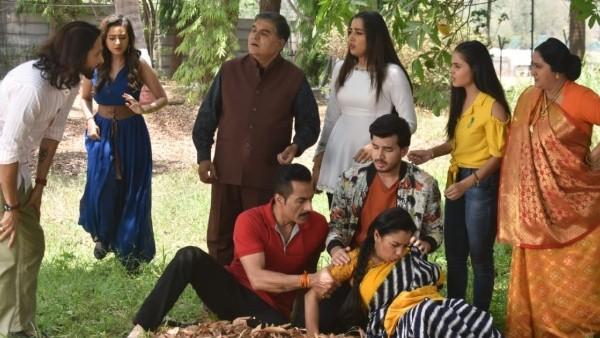 Also Read: Anupamaa: Anupamaa Breaks Down In Front Of Family; Asks Vanraj To Get Samar & Nandini Engaged