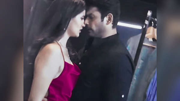 Sidharth Shukla And Sonia Rathee's Kissing Scene From BBB3 Goes Viral -  Filmibeat
