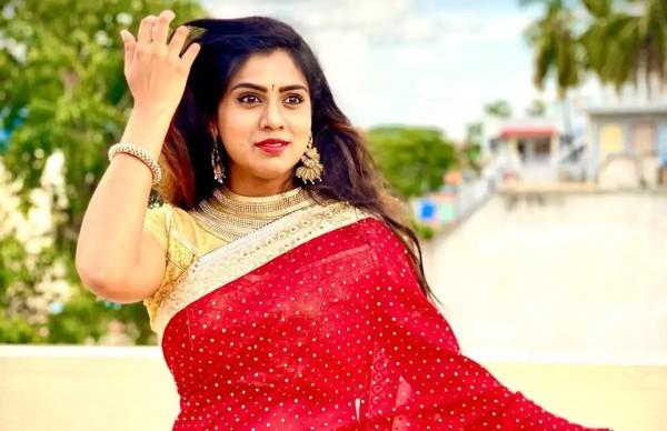 Bigg Boss Kannada 7 Fame Chaitra Kotoor Attempts Suicide
