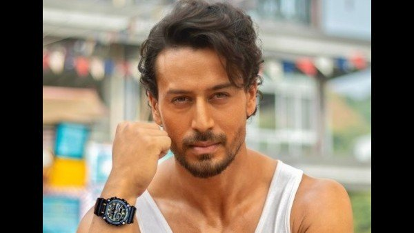 Netizens Call Tiger Shroff A 'Hypocrite' For Requesting Fans To Stay At Home While Vacationing In Maldives
