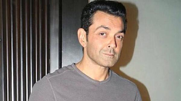 bobby-deol-regrets-not-doing-more-movies-with-his-dad-dharmendra