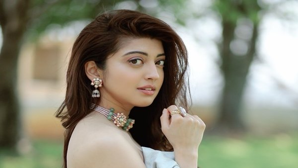ALSO READ: Pranitha Subhash Feels Unlike Bollywood, South Film Industry Accepts Actresses The Way They Are