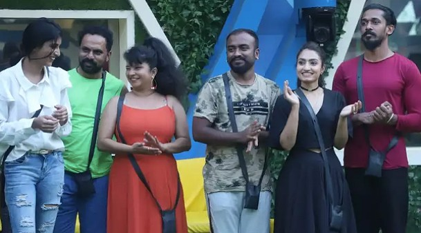 Also Read: Bigg Boss Kannada 8 April 5 Highlights: Housemates Get Divided Into Four Teams For Captaincy Contender Task