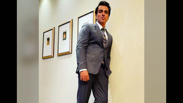 ALSO READ: Sonu Sood Shares Glimpse Of Continuous Notifications On His Phone Of People Asking For Help