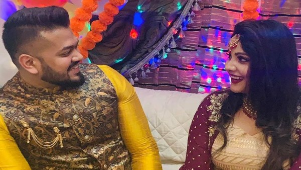 Tanvi Ravindran Gets Engaged To Ganesh In Dubai; See Pictures