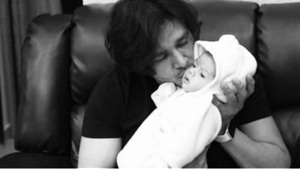 COVID Positive Aniruddh Dave Is Out Of ICU, Actor Thanks Fans For Prayers And Shares A Picture With Son